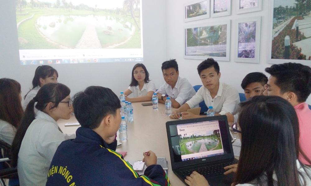 các Kiến trúc sư và Kỹ sư của chúng tôi đã giúp các em giải đáp những thắc mắc về nghề nghiệp