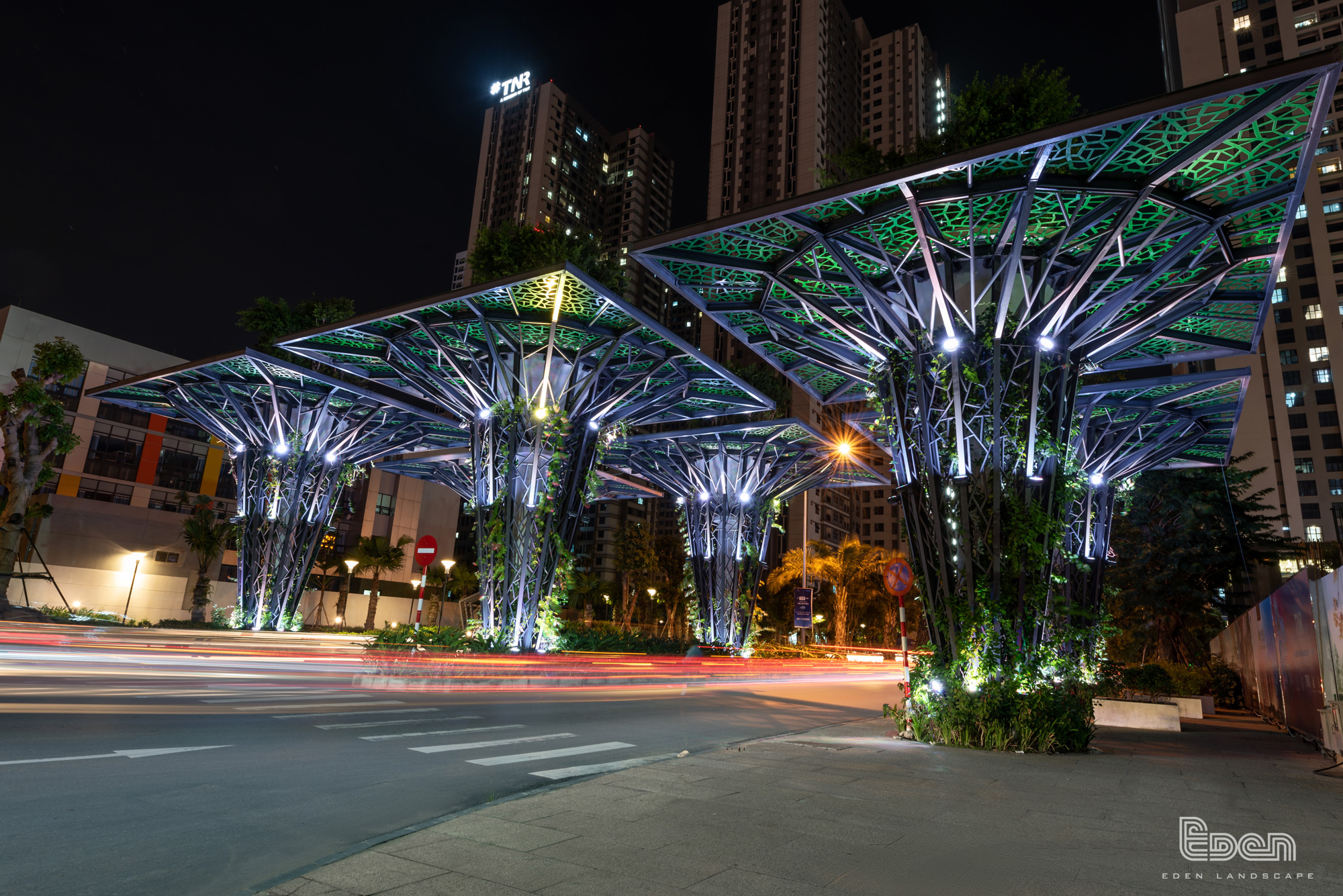 Banyan Tree Gate design by Eden Landscape company