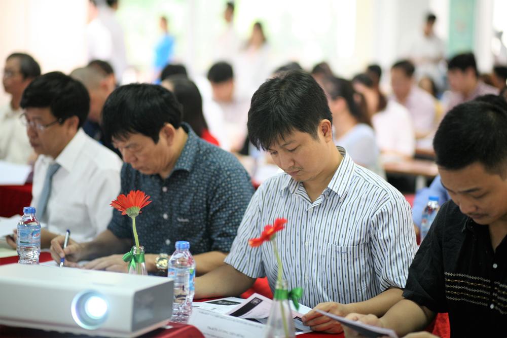 KTS Lê Tuấn Long trong buổi làm việc Workshop