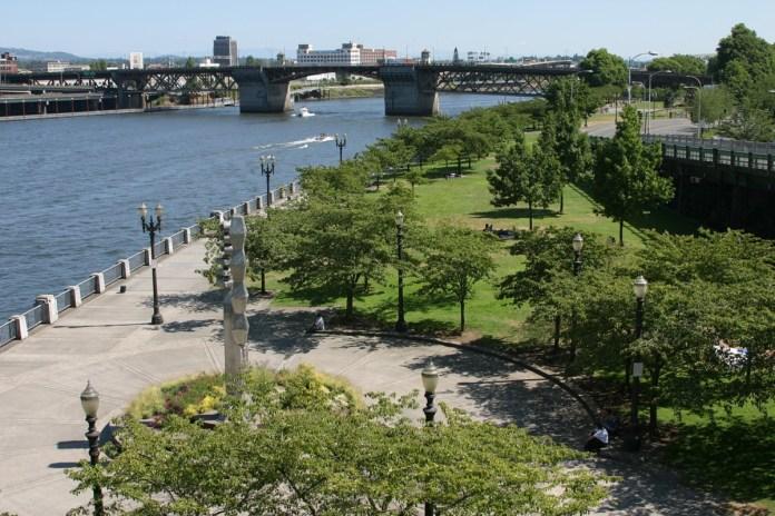 Công viên mới Tom McCall Park